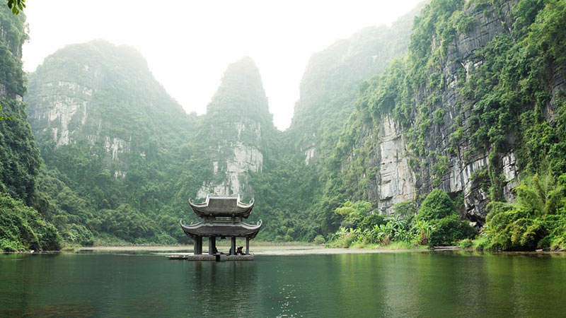 Vietnam Travel Guide For Backpackers